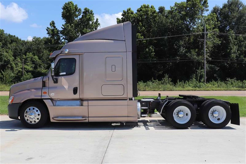 Lonestar Truck Group > Sales > Truck Inventory
