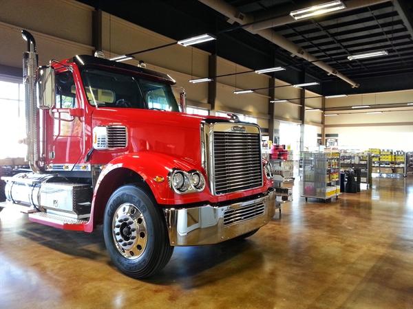 Texarkana Truck Center Opens New Location > Lonestar Truck Group